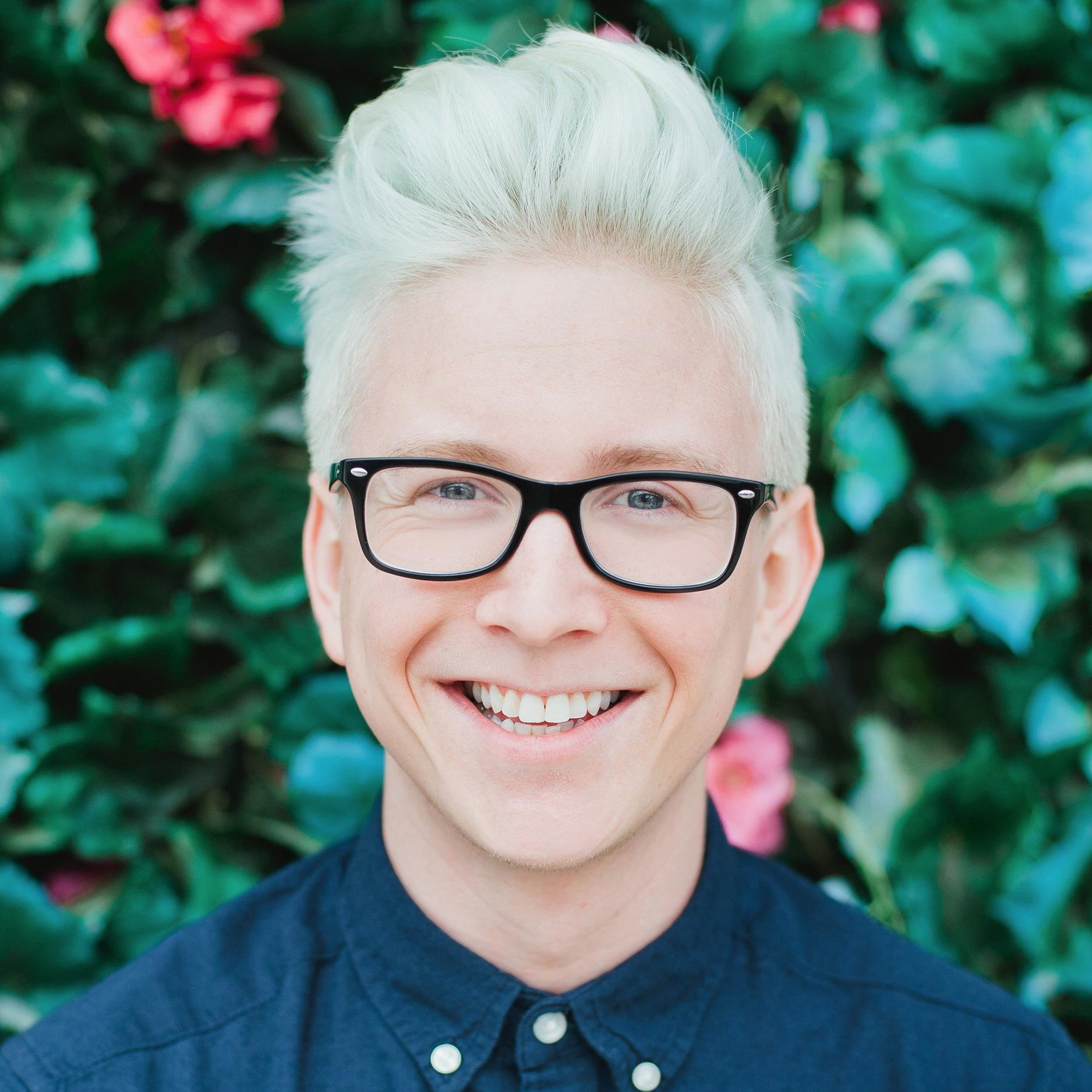 Tyler Oakley | Smosh Wiki | FANDOM powered by Wikia