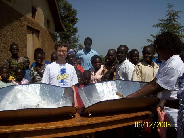 File:Uganda Solar 4c.jpg