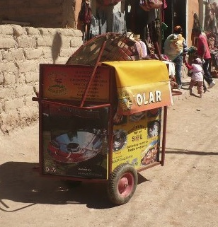 File:Kiosco SOLAR cart packed for transport, 2-27-13.jpg