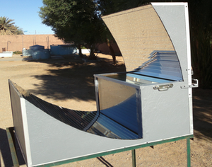 Asymetric CPC box solar cooker, 10-5-16