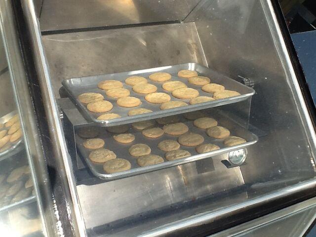 File:Baking cookies.jpg