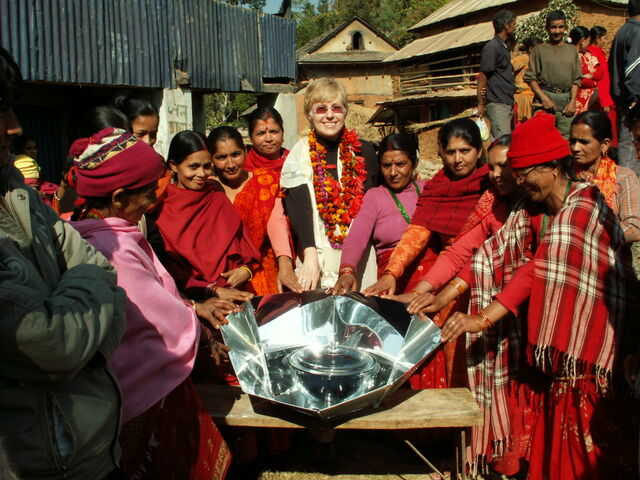 File:Solar cooking in Nepal.jpg
