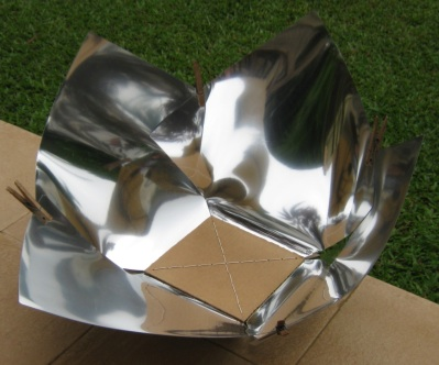 File:Copenhagen Solar Cooker Light, Teong Tan variation.jpg