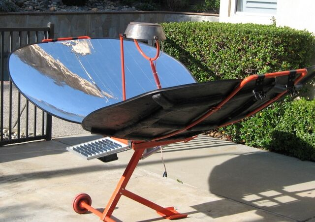 File:Climate Healers parabolic cooker with PV panel.jpg