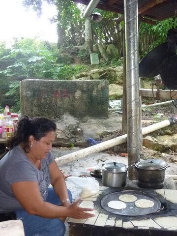 File:Clean Maya Cookstove.jpg