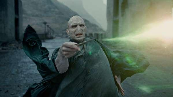File:Voldemort is overpowered.jpg