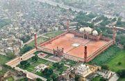 Badshahi-mosque-Lhr