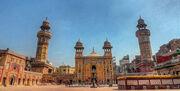 Wazir Khan Mosque enterancefws