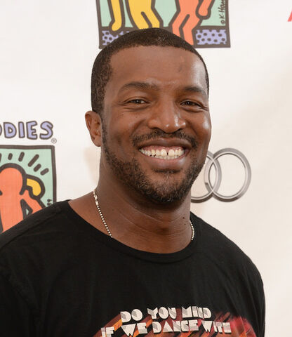 File:Roger Cross.jpg