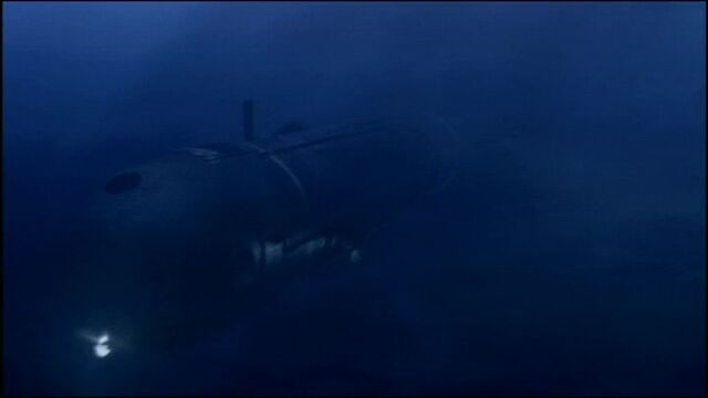 File:Mini submarine front.jpg
