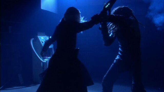 File:Ronon fights wraith.jpg