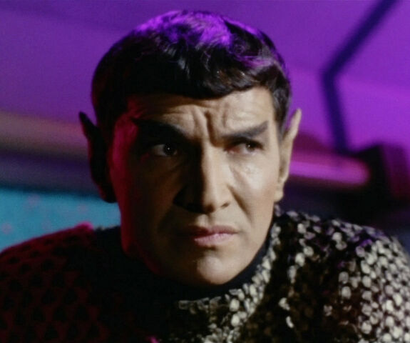 File:Romulan Commander.jpg