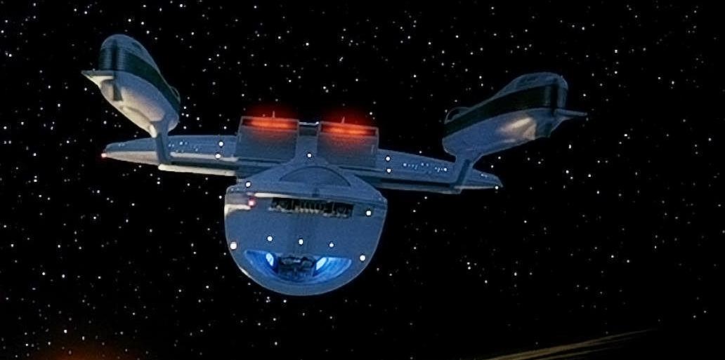 File:USS Excelsior, aft.jpg
