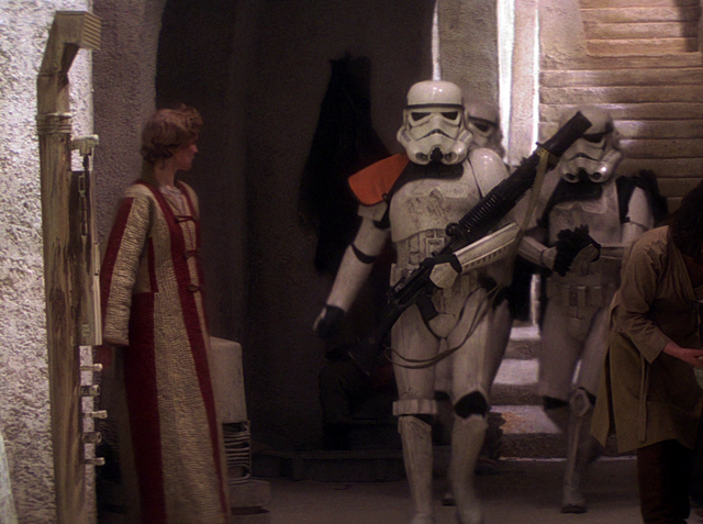 File:SarissSandtroopers-ANH.png