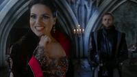 Queen Regina 306 01