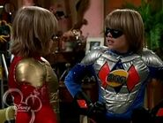 The Suite Life of Zack and Cody - S03E04 - Super Twins.avi 001231861
