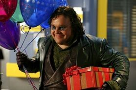 Smallville-toyman