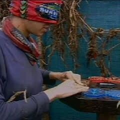 Jenna competes for the Final Four immunity.