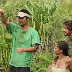 Yul reveals he has the Hidden Immunity Idol at the <a href=