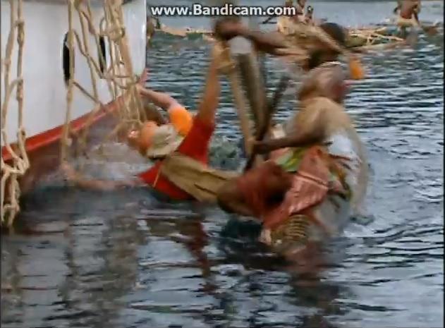 File:VanuatuCapsize.jpg