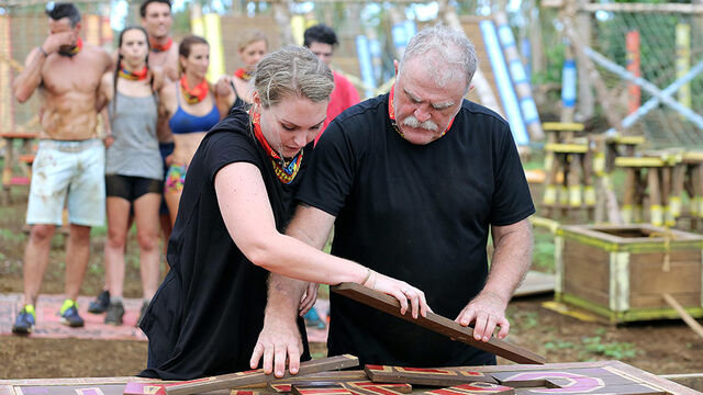 File:Australian-Survivor-Episode-1-Throw-One-Over-Immunity-Challenge-Aganoa-Tribe---Kat-and-Des.jpg