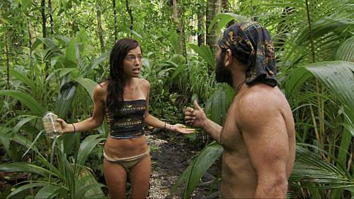 File:Russell-and-parvati-argue-in-the-woods.jpg