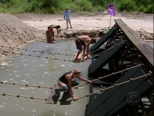 File:Survivor.Panama.Exile.Island.s12e09.The.Power.of.the.Idol.PDTV 096.jpg