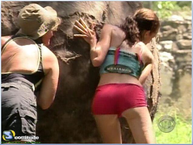 File:Boulder smash guatemala.jpg