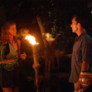 Jenna voted out by Rob.