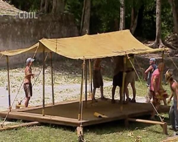 File:Survivor.S11E03.The.Brave.May.Not.Live.Long.But.the.Cautious.Dont.Live.at.All.DVBS.XviD.CZ-LBD 154.jpg