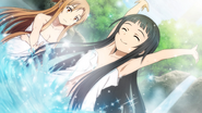 Yui plays with Asuna in a hot spring