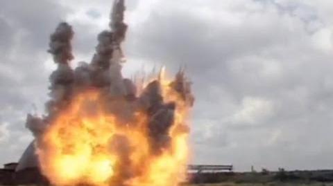Nemesis crashes to Earth - Doctor Who - Silver Nemesis - BBC