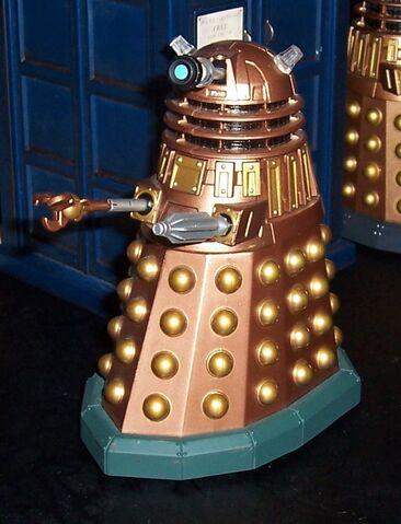 File:Assault Dalek Toy.jpg