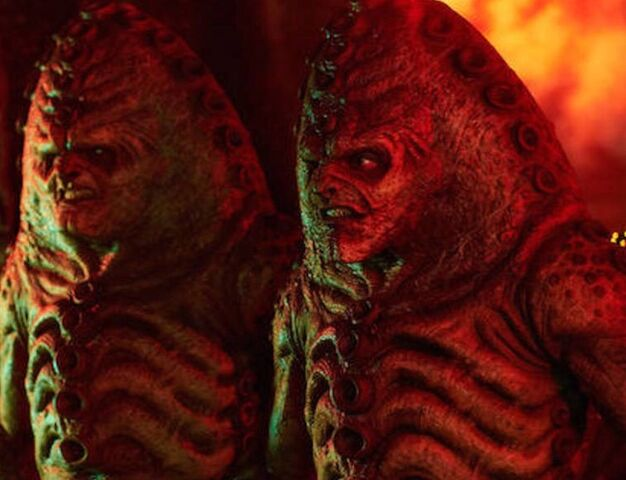 File:Zygon guards (The Zygon Inversion).jpg