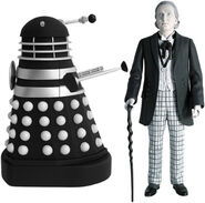 CO 5 First Doctor and Dalek B&W