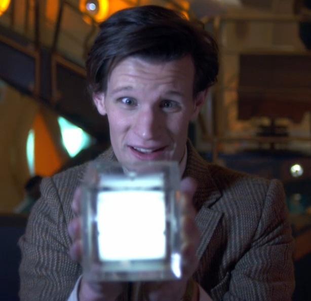 Eleventh-doctor-holds-hypercube