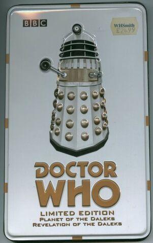 File:BOX SET Dalek Tin 2.jpg