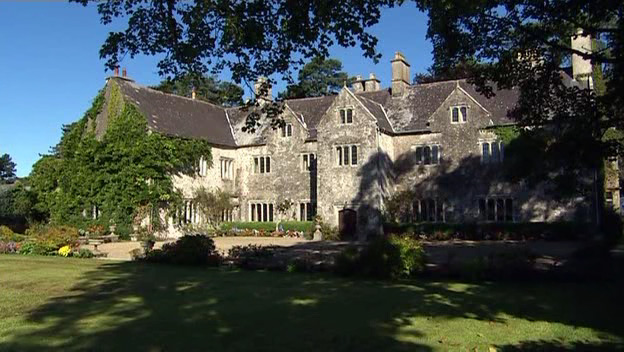 File:EddisonManor.jpg