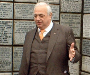 File:Roy Hudd.jpg