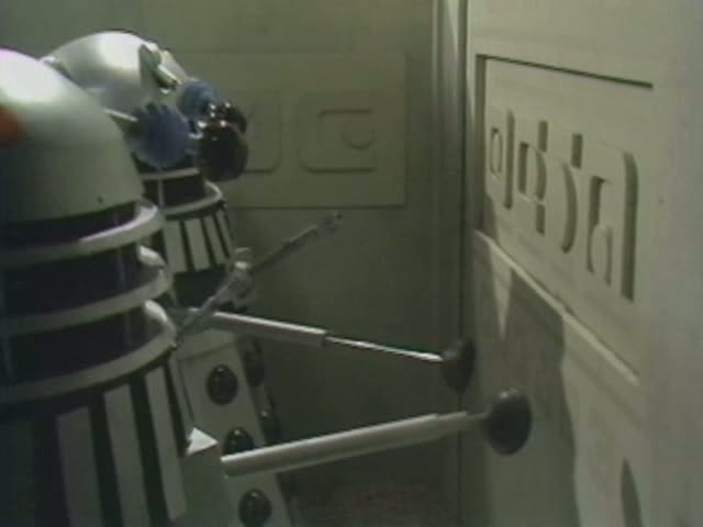 File:Daleks Exxilon city.jpg