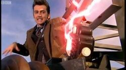 End of Transmission - Doctor Who - The Idiots Lantern - BBC