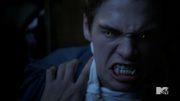 Teen Wolf Season 4 Episode 4 The Benefactor Liam transforms