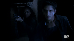 Teen Wolf Season 4 Episode 401 The Dark Moon Braeden and Scott face the unknown.png