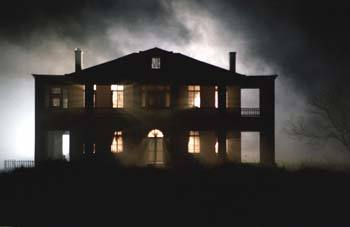 The-texas-chainsaw-massacre-2003-hewitt-house