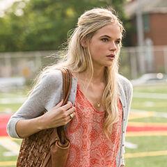 Callie arriving at Meadow Wood High School.