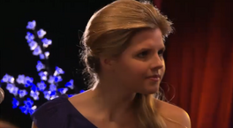 Amber-amber-millington-from-the-house-of-anubis-20897249-734-403