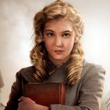 Cropped-liesel-the-book-thief-26147-400x2502