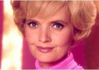 Carol-Brady-the-brady-bunch-8032041-550-391