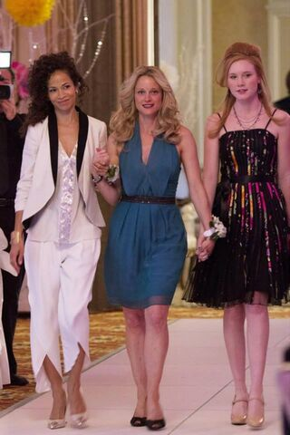 File:The fosters 14.jpg