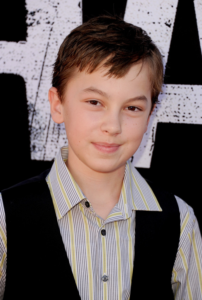 Hayden Byerly Photos Photos - 'Planes: Fire & Rescue' Premieres in ...